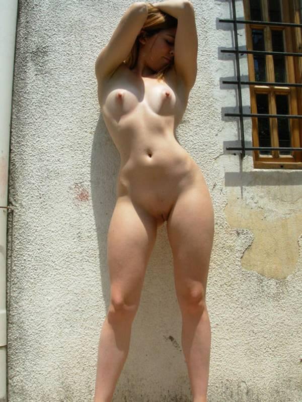 Novinha pelada
