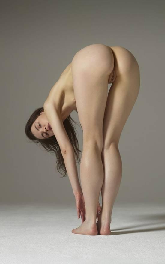 Meninas nuas